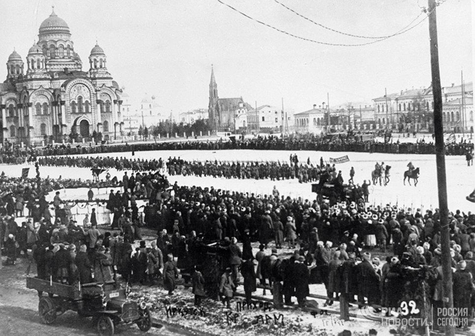 Красная армия в Иркутске. 7 марта 1920