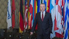 Постпред России при ОБСЕ Александр Лукашевич. Архивное фото