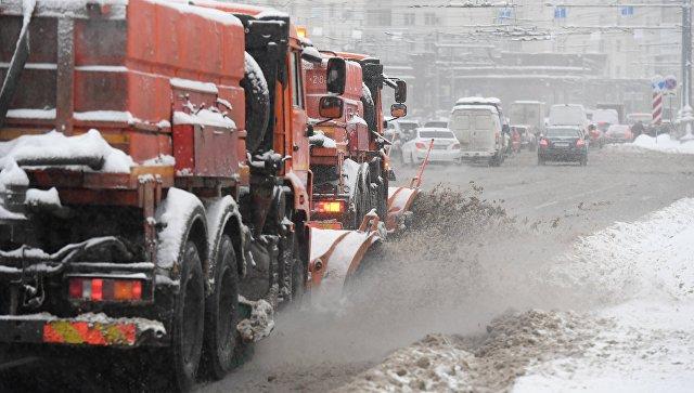 Вуборке столичных улиц отснега задействовано порядка 14 тыс единиц техники