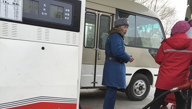 Автозаправочная станция в Пхеньяне, КНДР