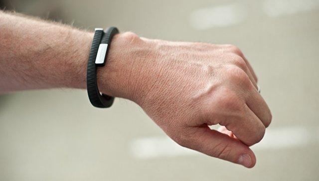 ВСингапуре военным запретили надевать фитнес-браслеты на тайные задания