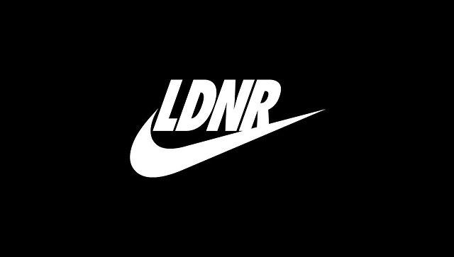 Компания Nike выпустила серию темных футболок слоготипом LDNR