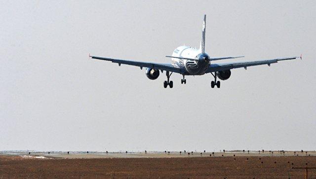Летевший вСеул самолет вернулся воВладивосток