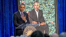 Экс-президент США Барак Обама на церемонии открытия официального портрета в Национальной портретной галерее США. 12 февраля 2018