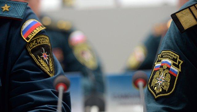Нашивки на форме сотрудников МЧС