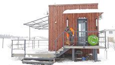 Втроем на 16-ти квадратах: белорус построил для семьи компактный дом