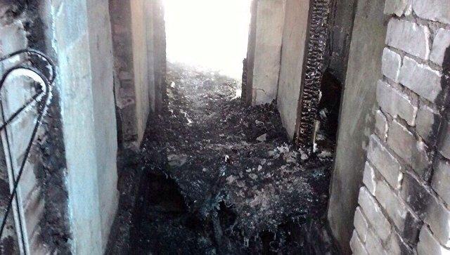 Последствия возгорания в одной из квартир одноэтажного дома, расположенного по улице Специалистов в селе Лозовка Кинель - Черкасского района Самарской области. 14 февраля 2018