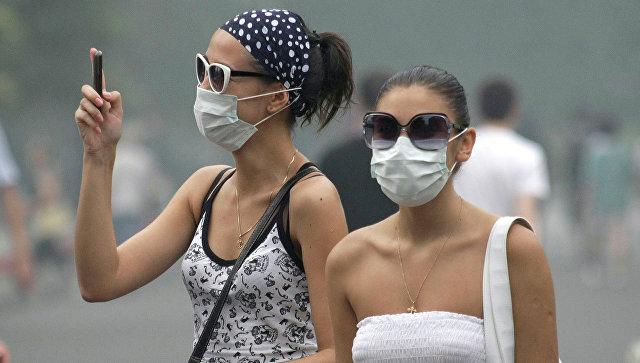 Дезодоранты и духи вредят легким не меньше дыма машин, выяснили ученые