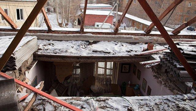 СК возбудил дело после обрушения потолка в жилом доме в Екатеринбурге