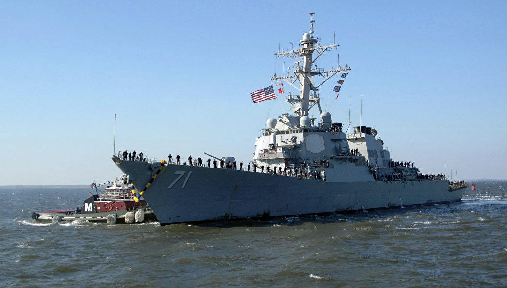 Источник: авиация ЧФ вынудила эсминец США отойти в восточную часть Черного моря