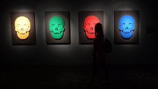 Фигуры человеческих черепов