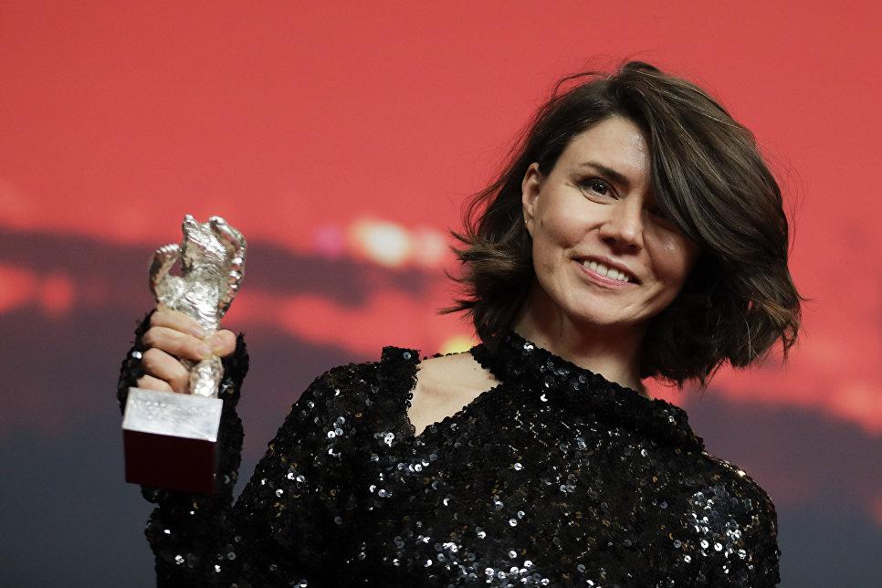 Режиссер Моника Сумовска на церемонии награждения 68-го Берлинского международного кинофестиваля Берлинале - 2018