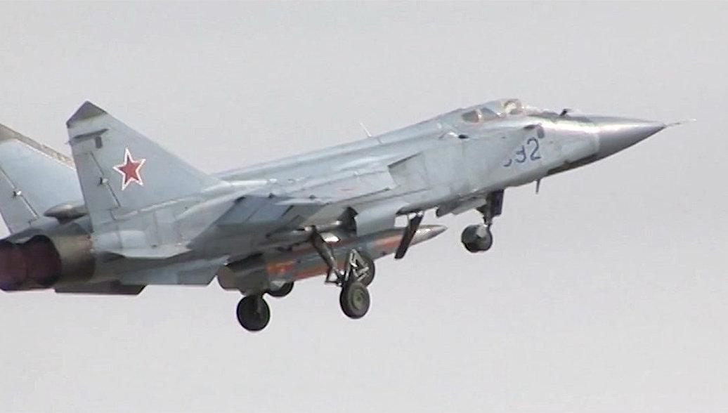 Испытание авиационного ракетного комплекса Кинжал. Архивное фото