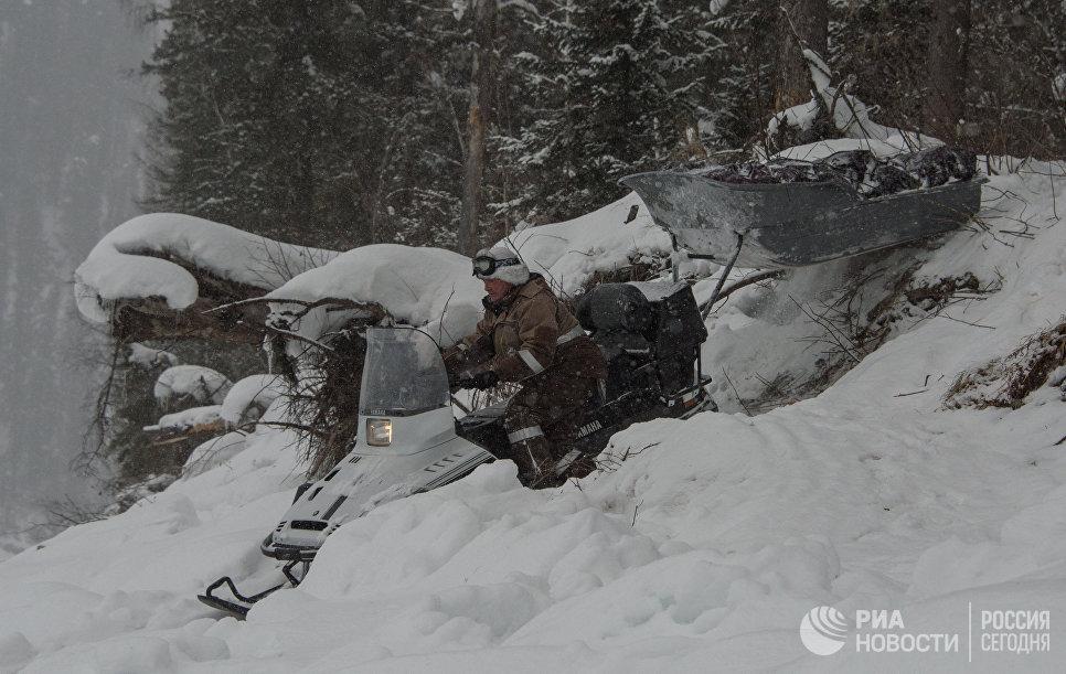 Участковый инспектор государственного природного заповедника «Хакасский» Сергей Хлебников.