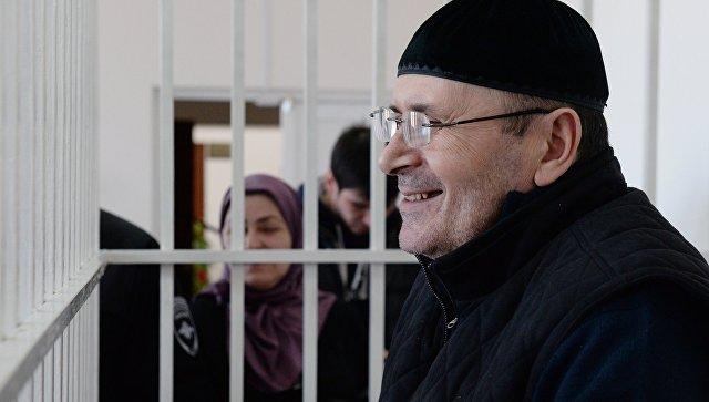 Суд вЧечне продлил арест правозащитника Титиева до9мая
