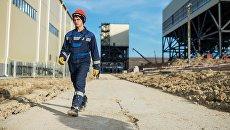 Рабочий на месте строительства ТЭС в Крыму. Архивное фото
