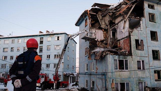 На месте взрыва в жилом доме в Мурманске. 20 марта 2018
