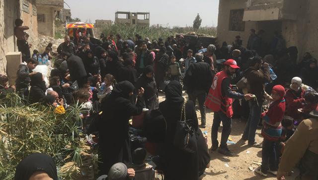Более тысячи боевиков и членов их семей вывели из Восточной Гуты за сутки
