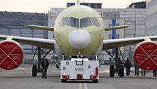 Второй образец пассажирского самолета МС-21-300 на Иркутском авиационном заводе