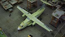 Сборка легкого многоцелевого военно-транспортного самолета Ил-112В в Воронеже. Архивное фото