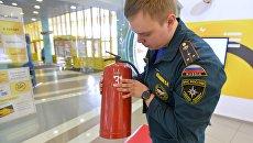 Проверка пожарной безопасности. Архивное фото