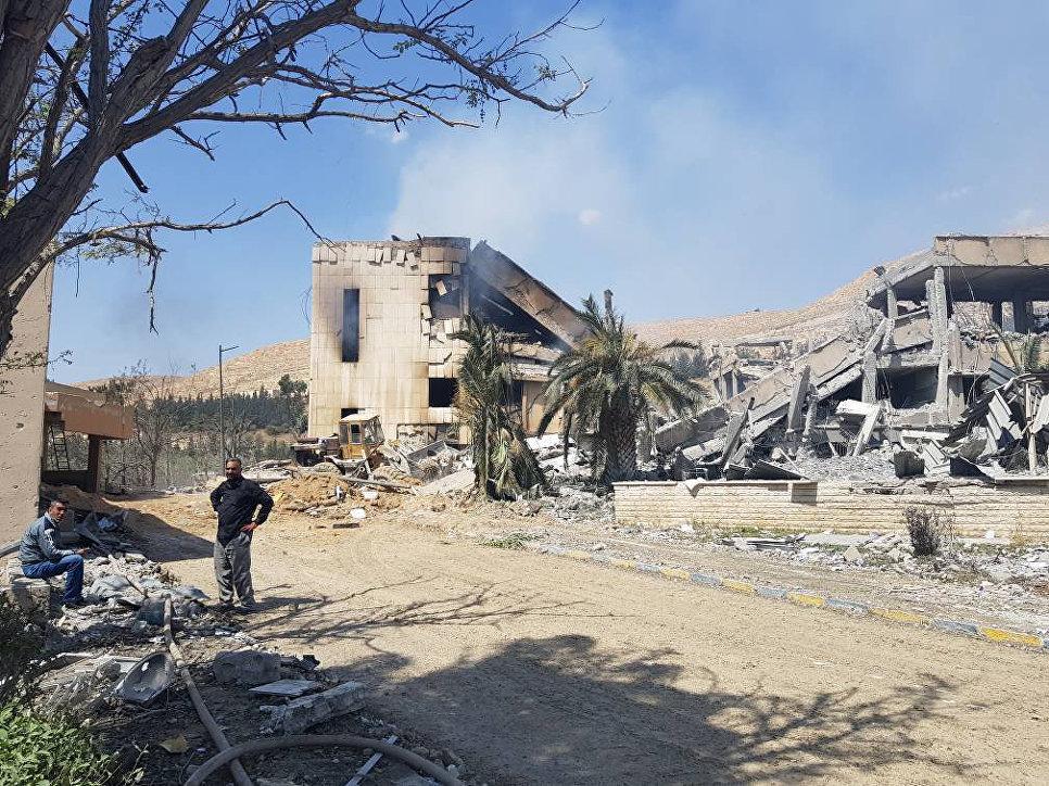 Целями операции в Сирии стали центры по изучению и производству химоружия, заявил глава минобороны Франции Флоранс Парли.