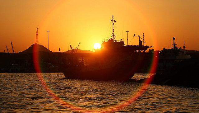 Порт в Шардже, ОАЭ. Архивное фото