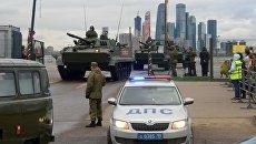 Боевая машина пехоты БМП-3 перед началом репетиции военного парада на Красной площади. 26  апреля 2018