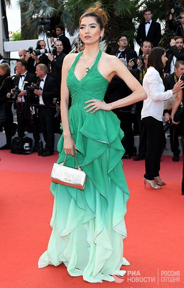 Актриса Бланка Бланко на красной дорожке перед премьерой фильма Sink Or Swim (Le Grand Bain) в рамках 71-го Каннского международного кинофестиваля