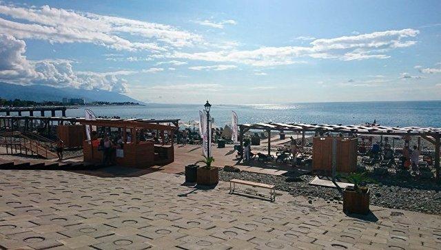 Пляж курорта Роза Хутор