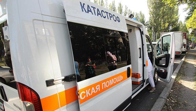 Автомобиль скорой помощи на одной из улиц в ДНР