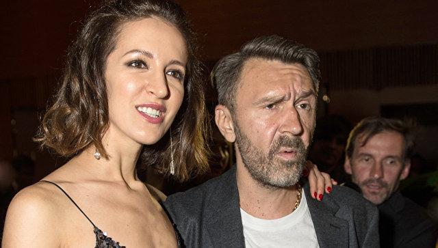 Сергей Шнуров и его супруга Елена (Матильда) Мозговая. Архивное фото