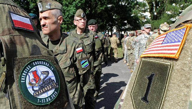 Польские и американские военные во время учений в Польше