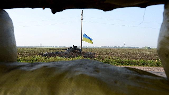 Танк украинской армии на Донбассе. Архивное фото