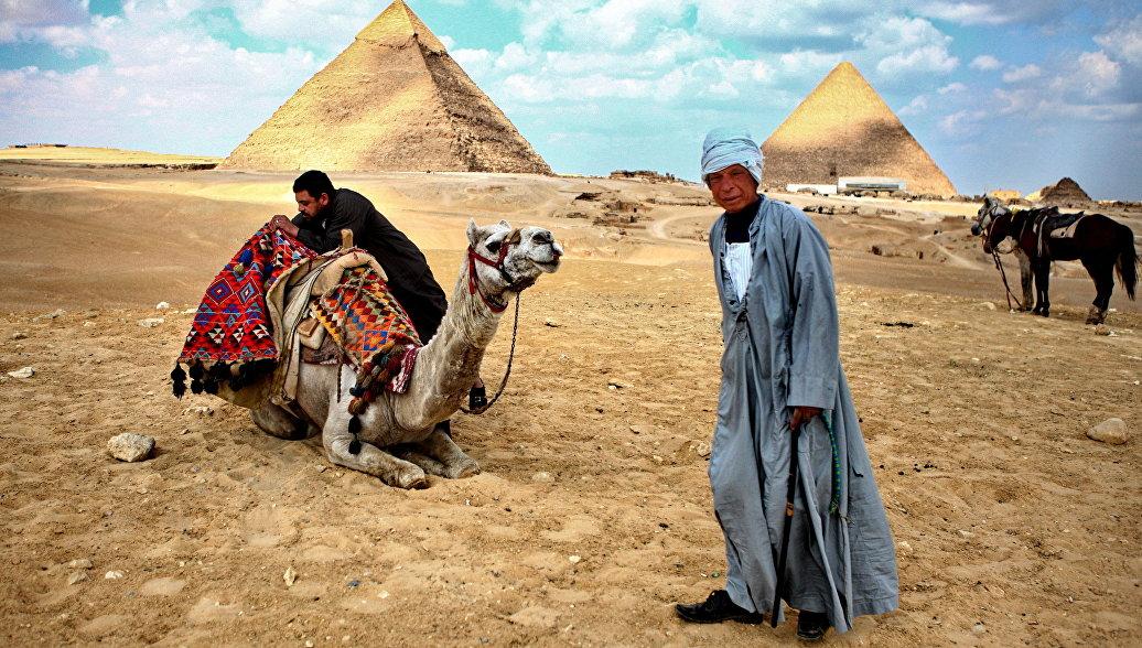 Египетские пирамиды вынуждают туристов страдать