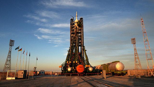 Ракета-носитель на стартовой площадке космодрома Байконур. Архивное фото