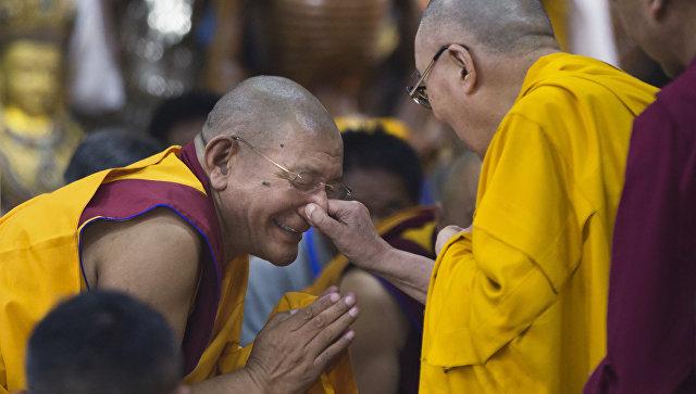 Далай-лама посоветовал, как избавиться от страданий