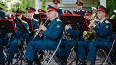 Концерт оркестра Военного университета Минобороны РФ в парке Сокольники. 9 июня 2018