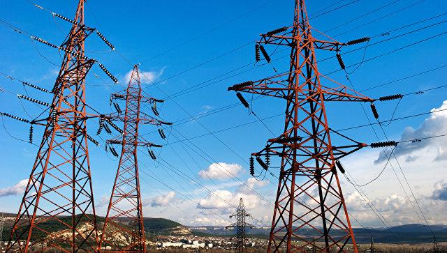 Высоковольтные электролинии. Архивное фото