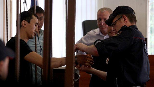Рассмотрение в Таганском суде ходатайства об аресте таксиста, сбившего пешеходов на улице Ильинка. 18 июня 2018