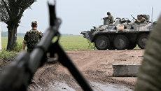 Украинские военные в зоне конфликта на востоке Украины. Архивное фото