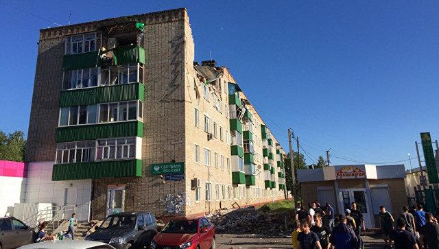 В татарстанский Заинск направили вертолет для эвакуации после взрыва газа