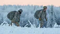 Американские военные во время учений на Аляске. Архивное фото