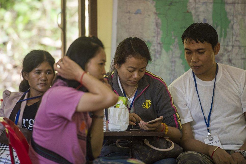 Родственники пропавших детей ждут новостей о поисковой операции