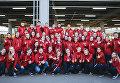 В организации и проведении чемпионата мира по футболу ФИФА 2018 года в Санкт-Петербурге помогали 1692 волонтера Оргкомитета «Россия-2018» и 2 тыс. городских волонтеров