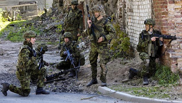 Эстонские военные во время учений. Архивное фото