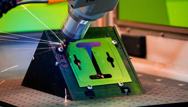 Резка металла при помощи иттербиевого волоконного лазера