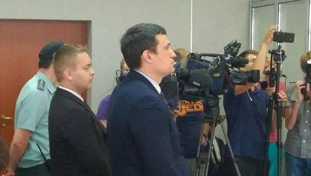 Оглашение приговора экс-депутату пермского заксобрания и его другу по делу об избиение DJ Smash