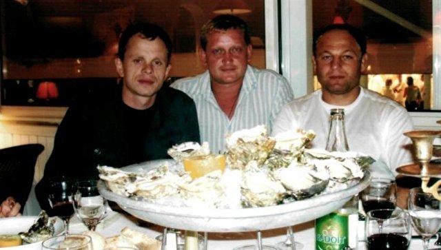 Юрий Шорчев (слева)