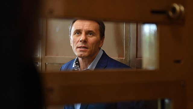 Александр Ламонов, обвиняемый в получении взятки в особо крупном размере, во время оглашения приговора в Мосгорсуде. 26 июля 2018